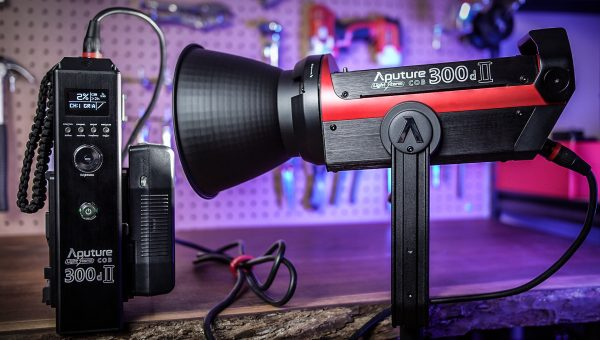 Aputure 300d II - An Incredibly Well-Made LED Light