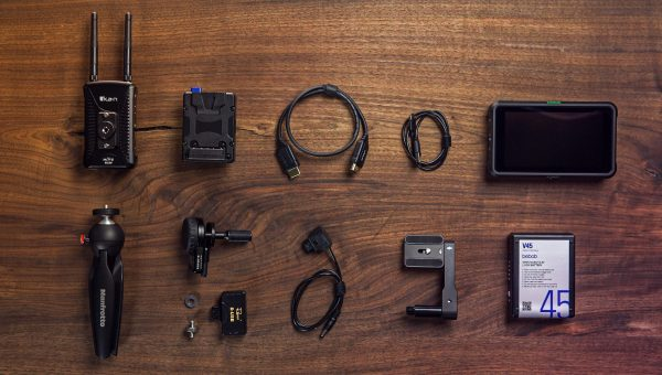 Building a Wireless Monitor with Focus Control for Self-Filming